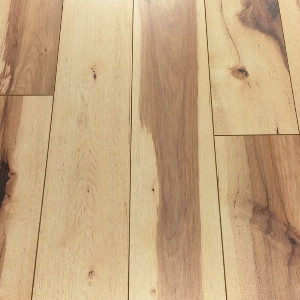 Precious Highland  Desert Hickory 12mm Laminate